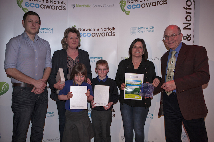 East_Ruston_Infant_School_Eco_Primary_school_winner_with_sponsors_Updater_and_Recycle_for_Norfolk.JPG