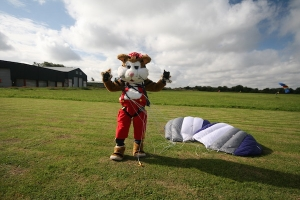 Skydive and support Norfolk's bereaved children
