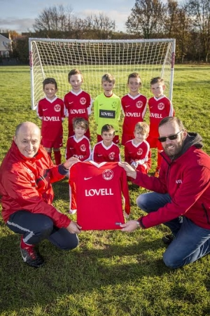 Lovell kits out young King's Lynn footballers