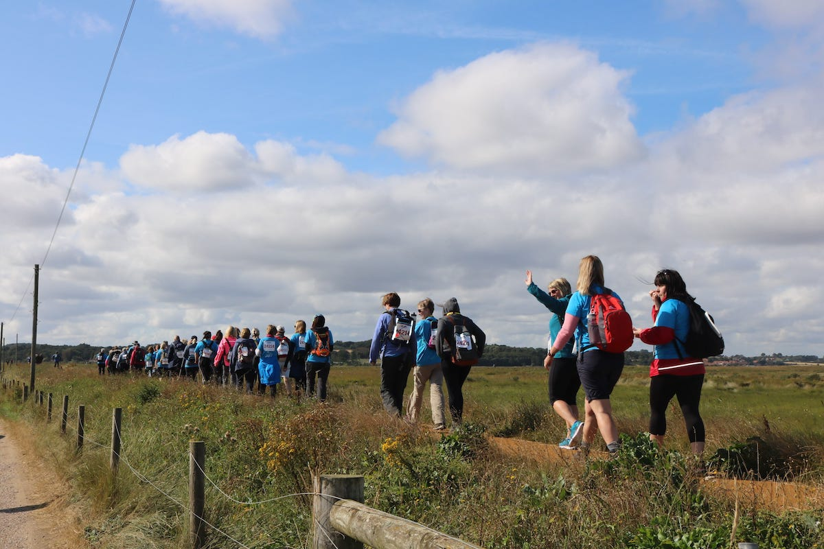 24_K_trekkers_setting_off_from_Cley-min-min.JPG
