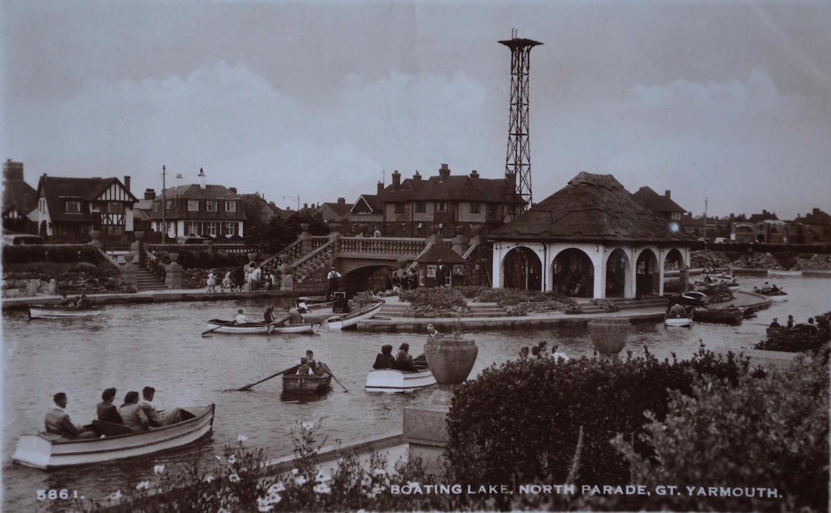 Boating_Lake_historic_postcard.jpg
