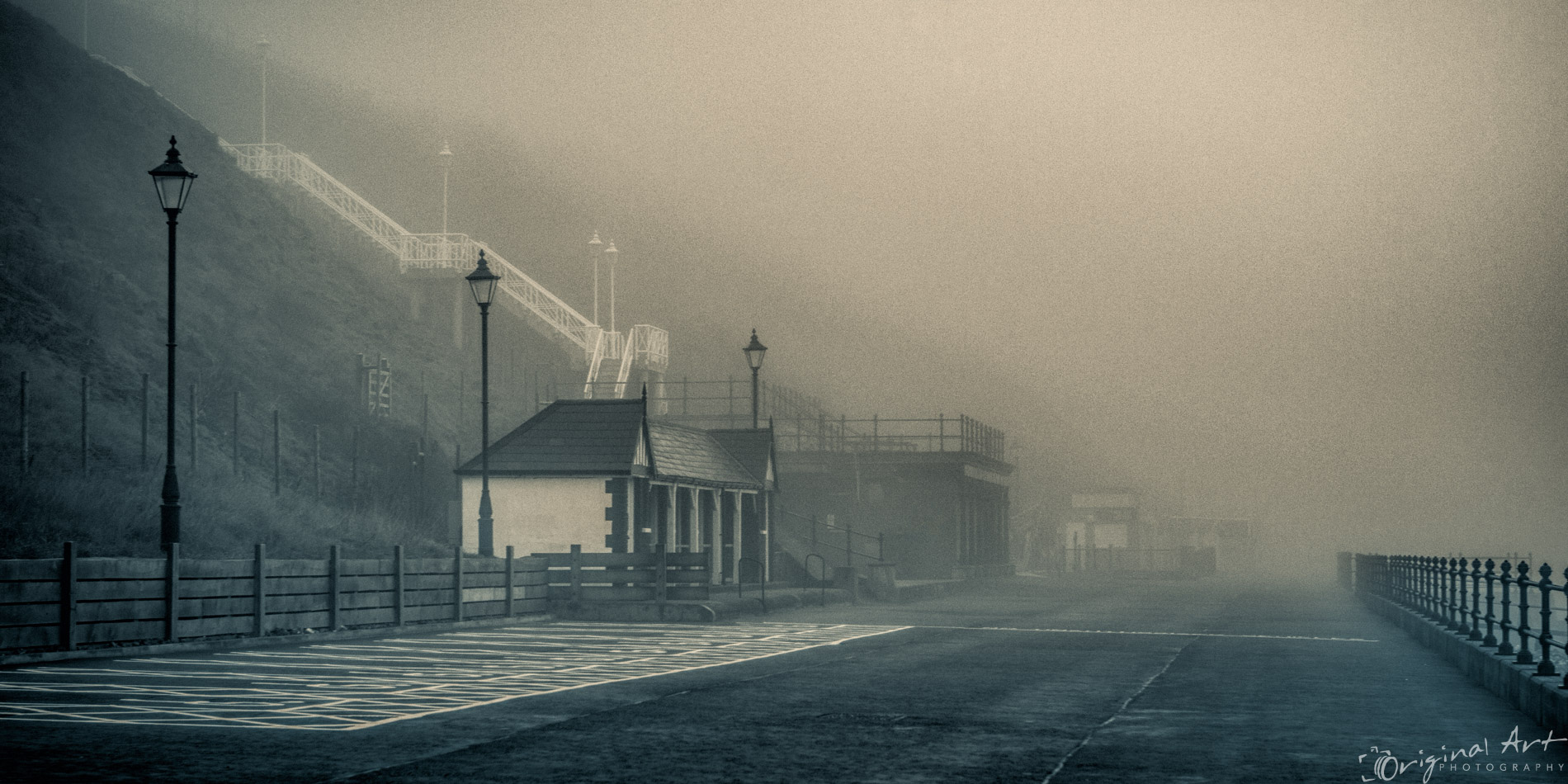 Cromer_on_a_foggy_day-2.jpg