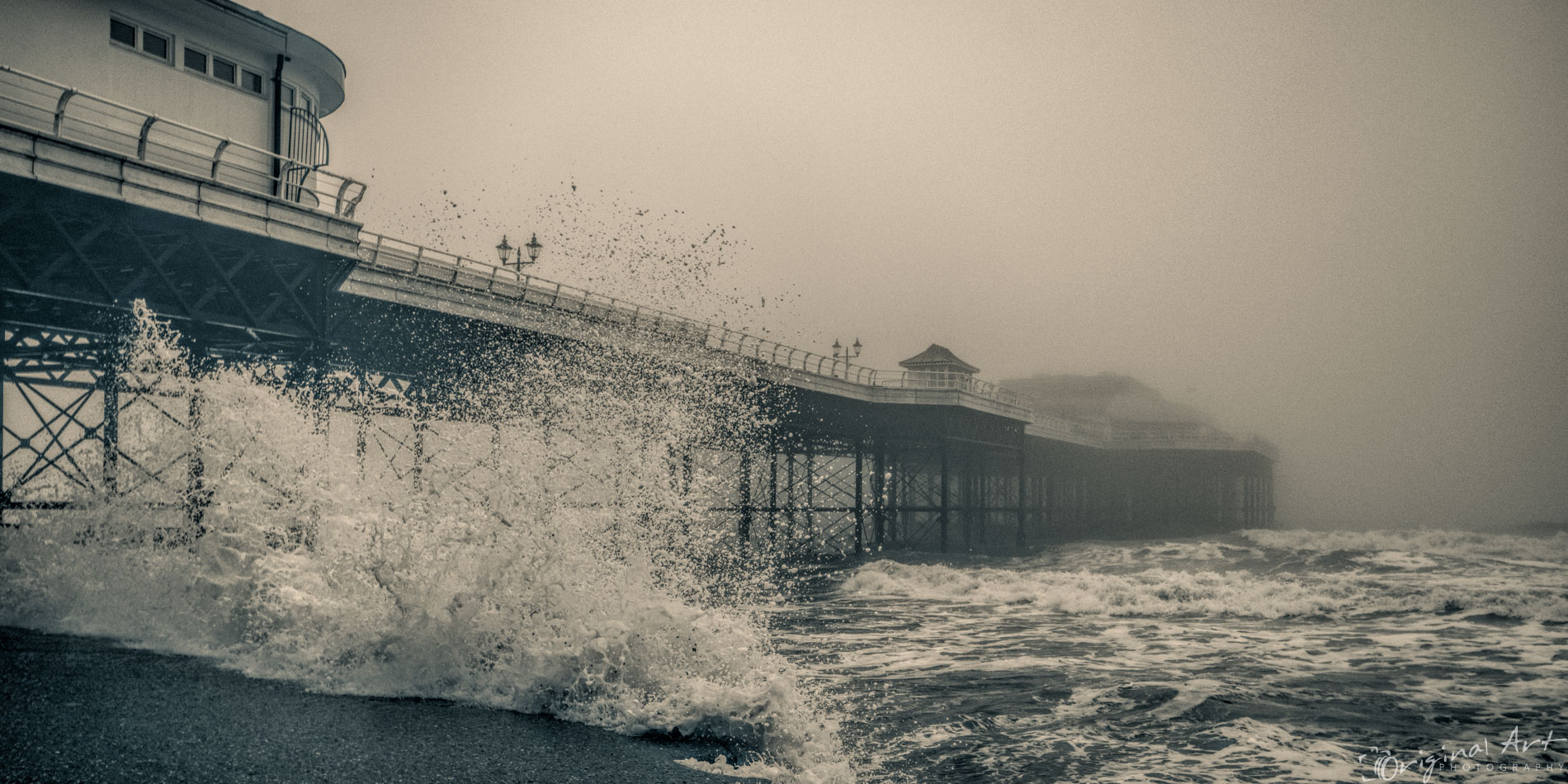 Cromer_on_a_foggy_day-6.jpg