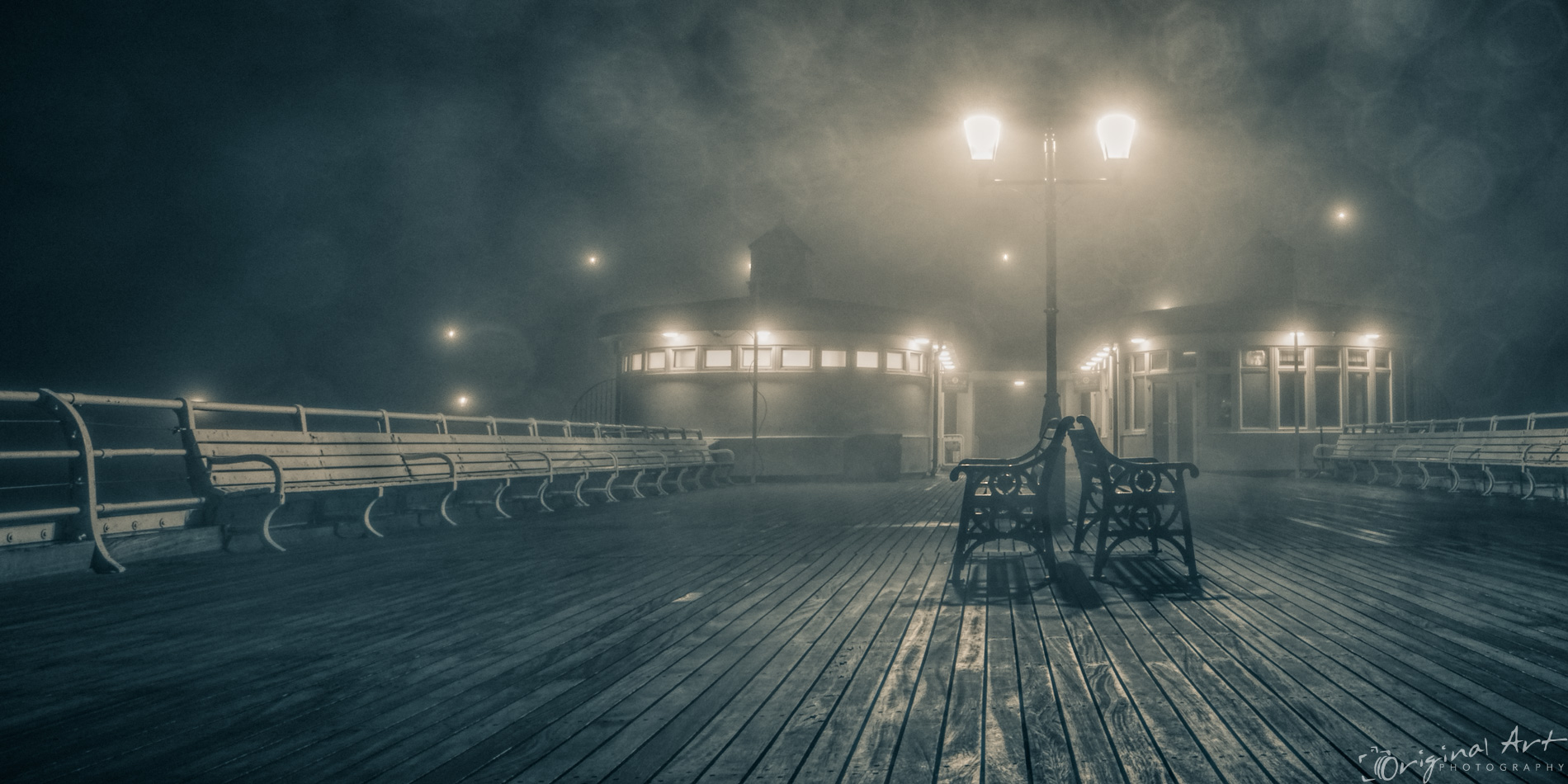 Cromer_on_a_foggy_day-7.jpg