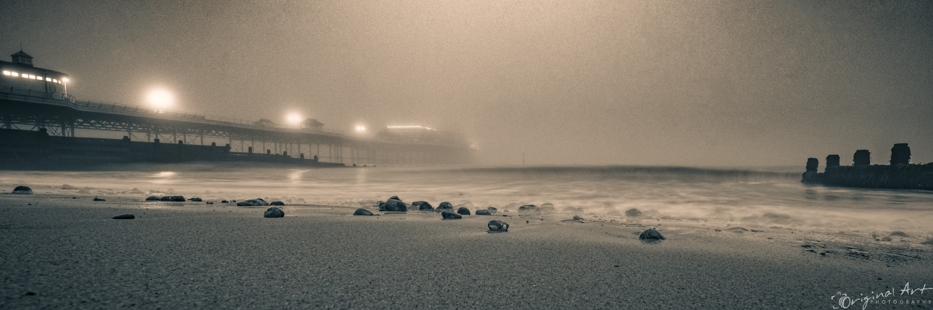 Cromer_on_a_foggy_day-9.jpg