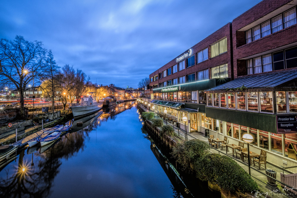 Norwich_Riverside_at_Night-4.jpg
