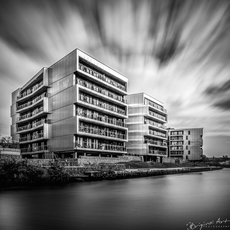 Norwich_Riverside_during_the_day-1.jpg