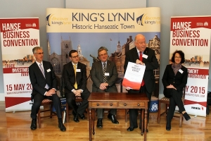 Manfred Schurkamp confirms King's Lynn as the Kontor for England.  From left to right : Leszek Wysocki, UKTI, Neil Darwin, GCGP LEP, Cllr Nick Daubney, Borough Council of King's Lynn & West Norfolk, Manfred Schurkamp and Marion Kohn of Business Hanse.