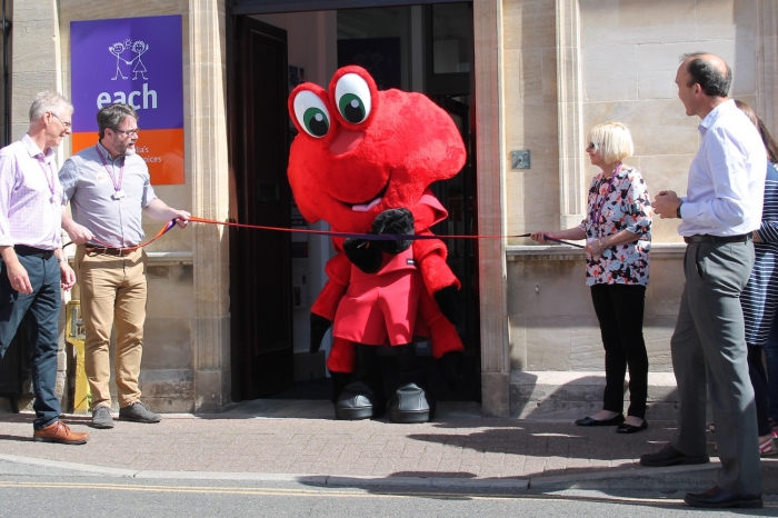 Claude the Crab snips the ribbon at opening of new Cromer charity shop